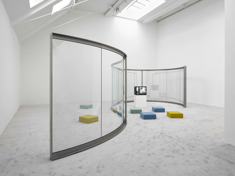 Dan Graham Artists Lisson Gallery