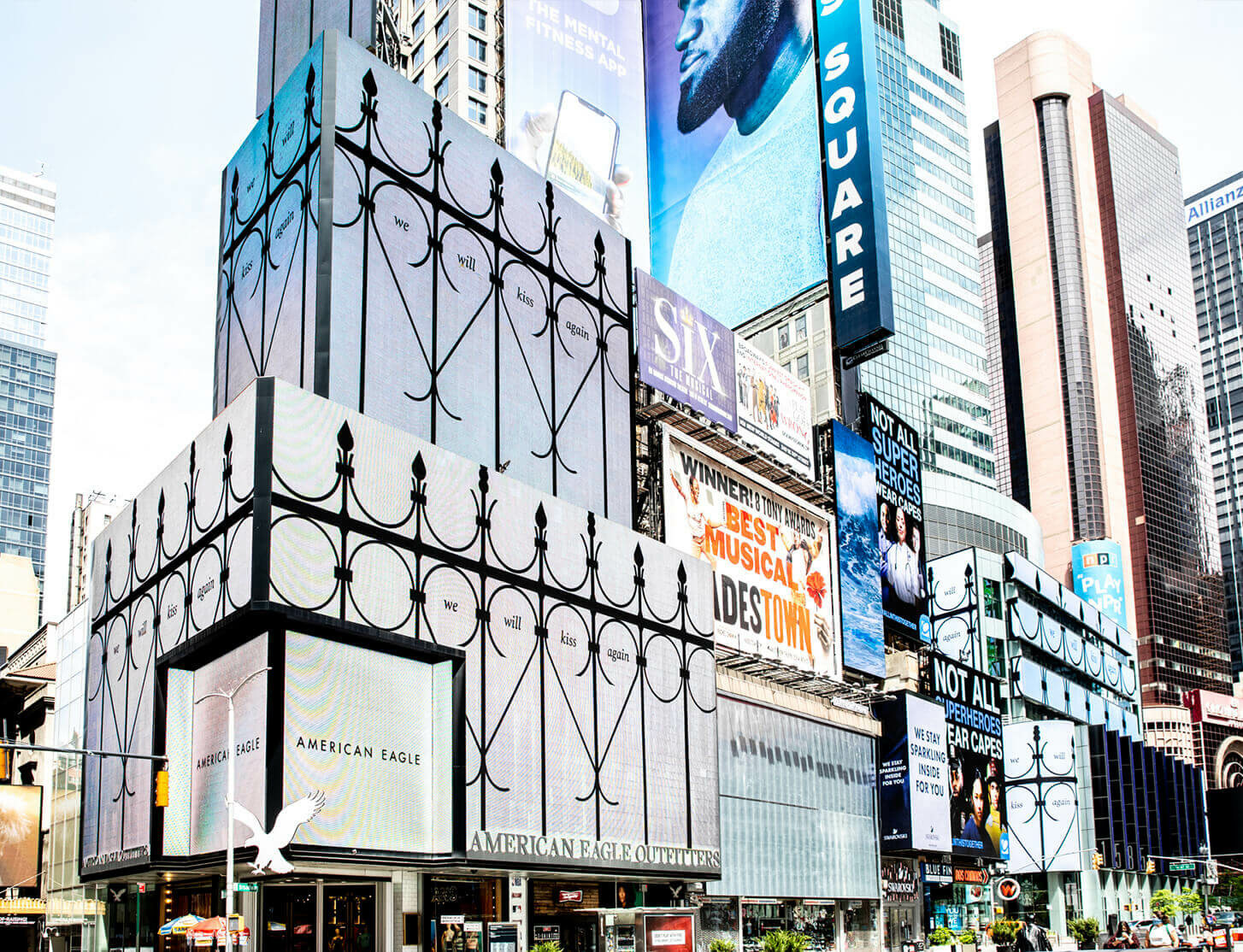 We Will Kiss Again – Pedro Reyes creates billboards for NYC's Essential Workers