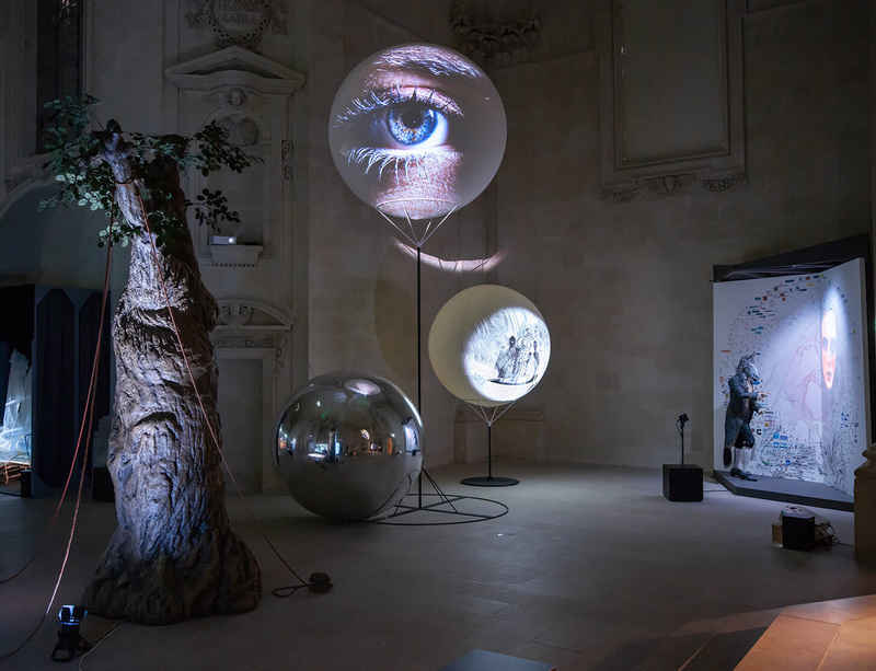 Tony Oursler's 'Hypnose' at Musée d'arts de Nantes extended until March 2021