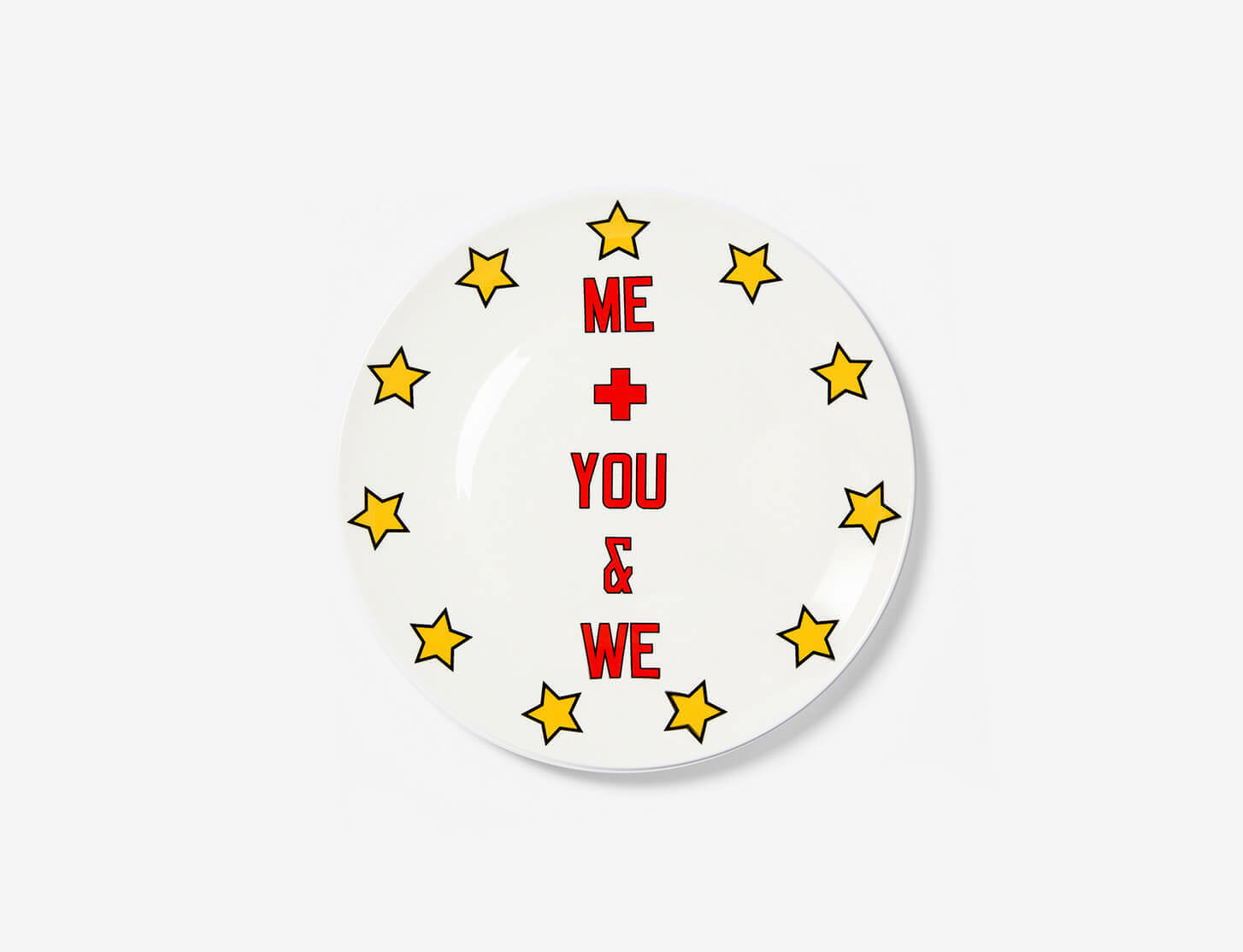 Carmen Herrera, Julian Opie and Lawrence Weiner collaborate with Artist Plates for The Coalition for the Homeless