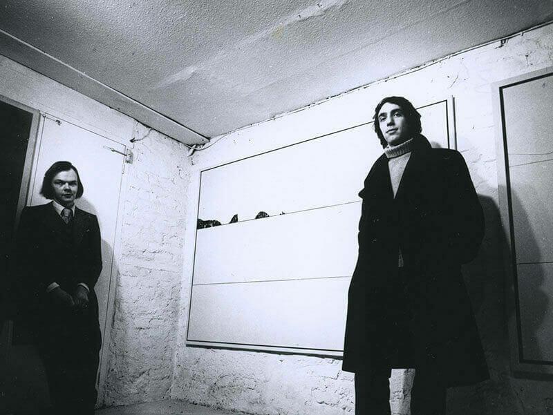 Nicholas Logsdail establishes Lisson Gallery