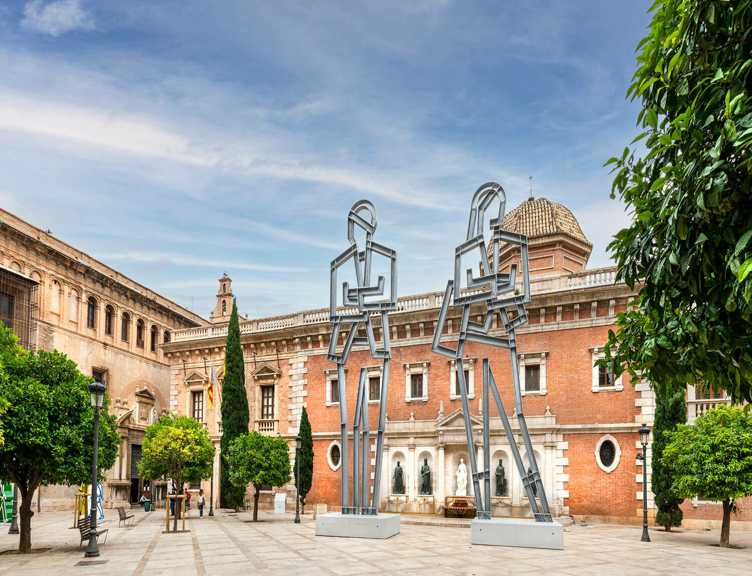 Julian Opie sculptures are currently on display around the city of Valencia