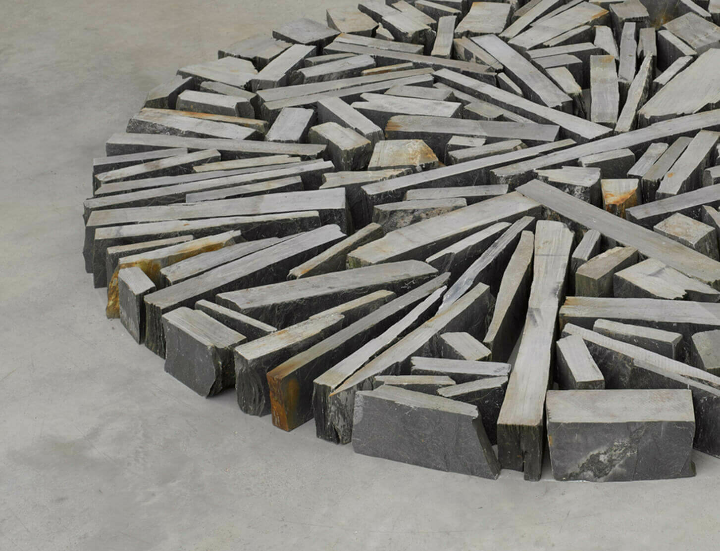 Richard Long will open solo exhibition at M Leuven