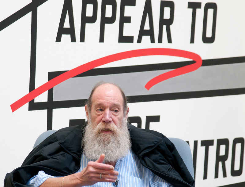 Lawrence Weiner receives Roswitha Haftmann Prize