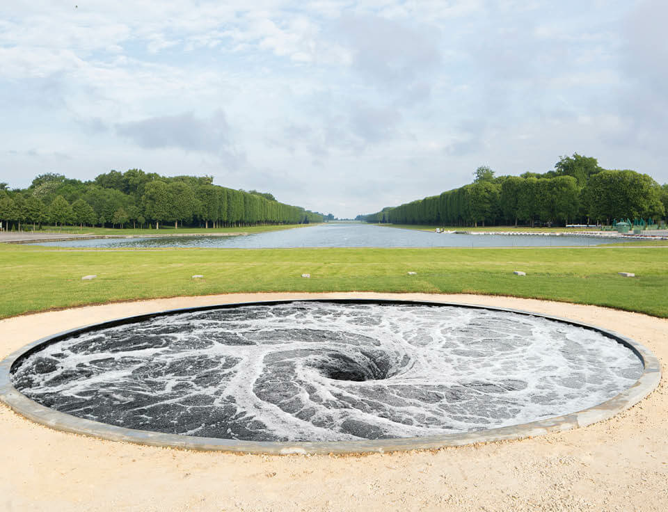 Anish_kapoor_descension