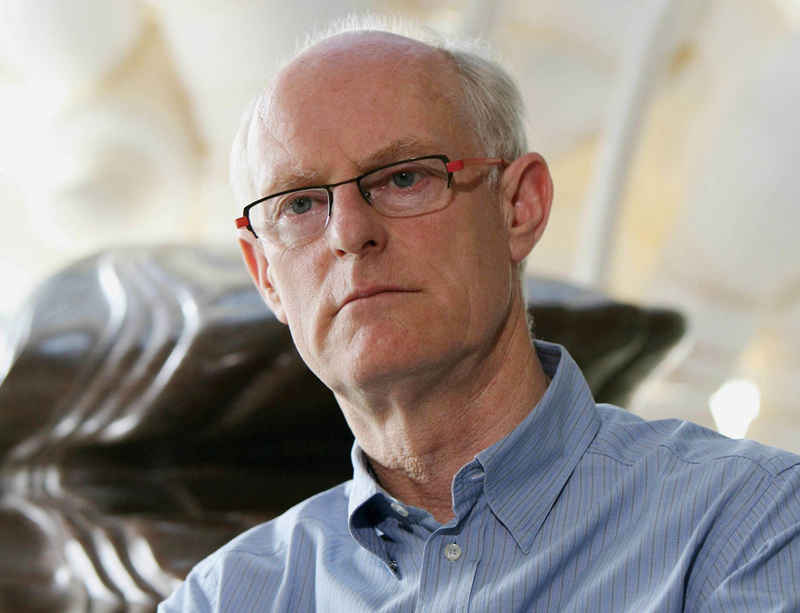 Tony Cragg recognised in Queen's Birthday Honours